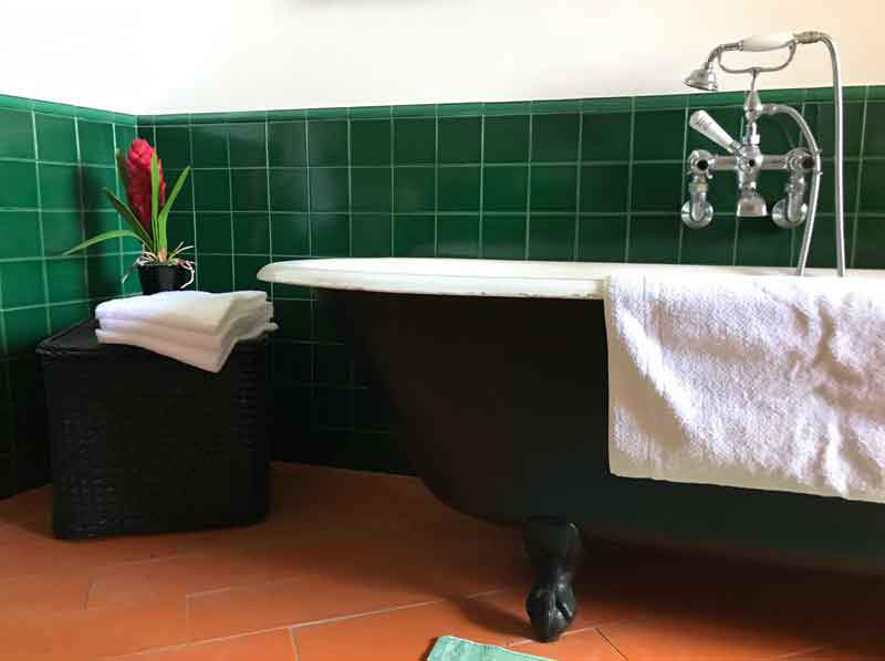 Original cast iron bath